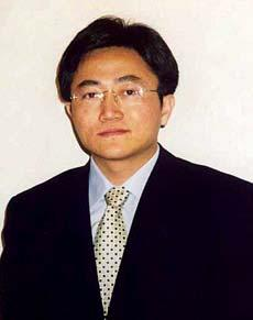 American citizen Dr. Charles Li spent three years in a Chinese prison for his work with Falun Gong